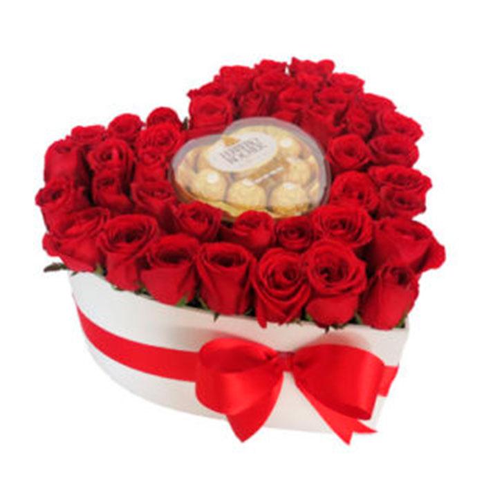 Corazon-Rosas--Rojas-y-chocolates