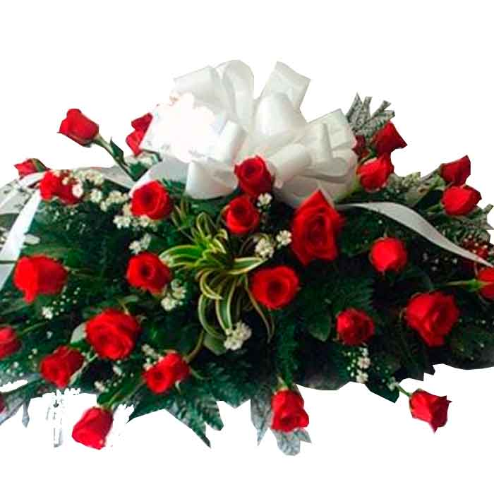 Cubre-Caja-Funebre-Rosas-Rojas-y--blancas_floristerias-en-cali