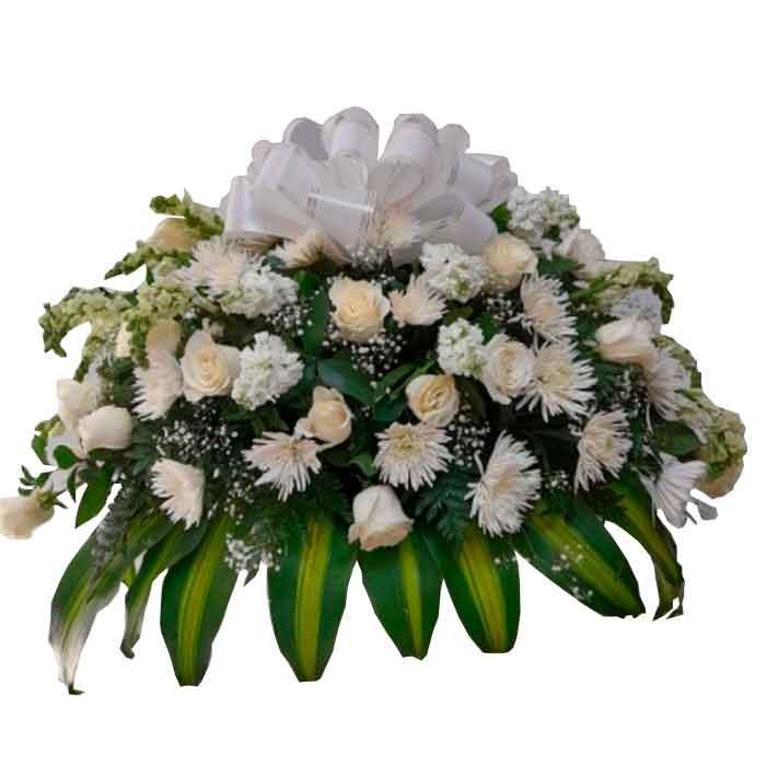 Cubre-Caja-Funebre-con-Crisantemos_Floristerias-en-cali